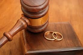 Divorzio: il possibile annullamento dell'accordo di separazione sospende il Giudizio.
