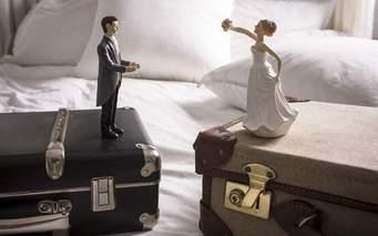 Separazione e divorzi: sì al cambio di collocamento, anche in un'altra città se il genitore ha un nuovo figlio da un'altra persona; conta l'interesse del minore.